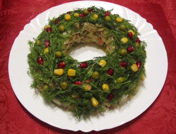 Оформление оливье на новый год